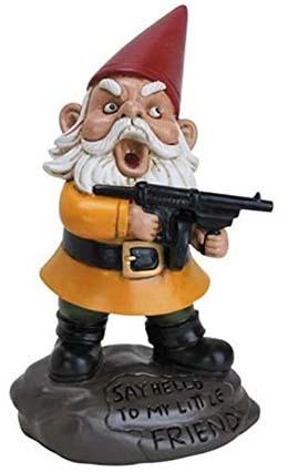 scarface posing gnome