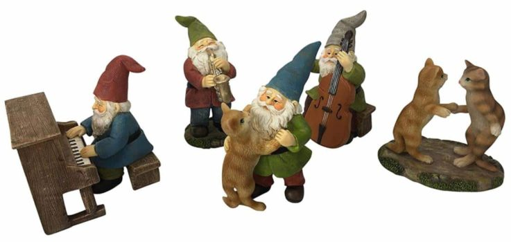 mini garden gnomes and cats dancing