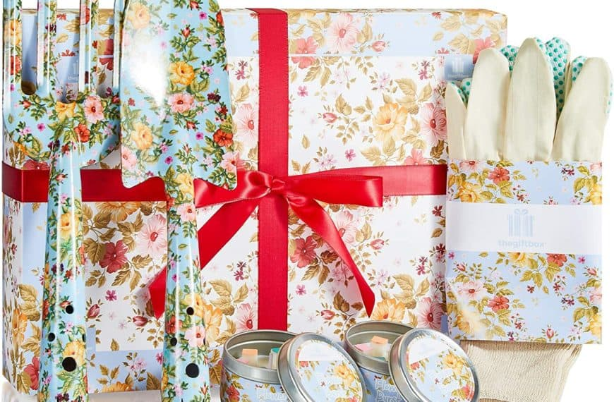 Fabulous Gardening Gifts For Her